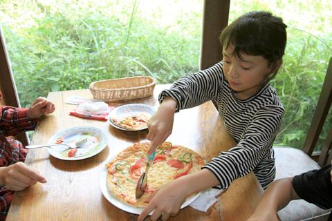 手作りピザ体験4